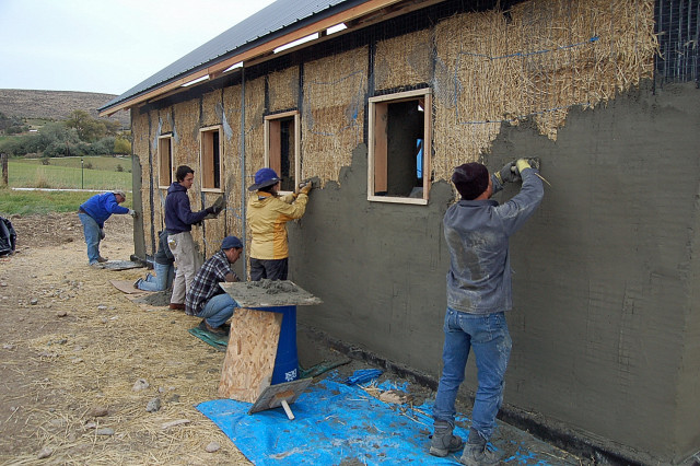 Strawbale sustainable building design for Straw bale home designs