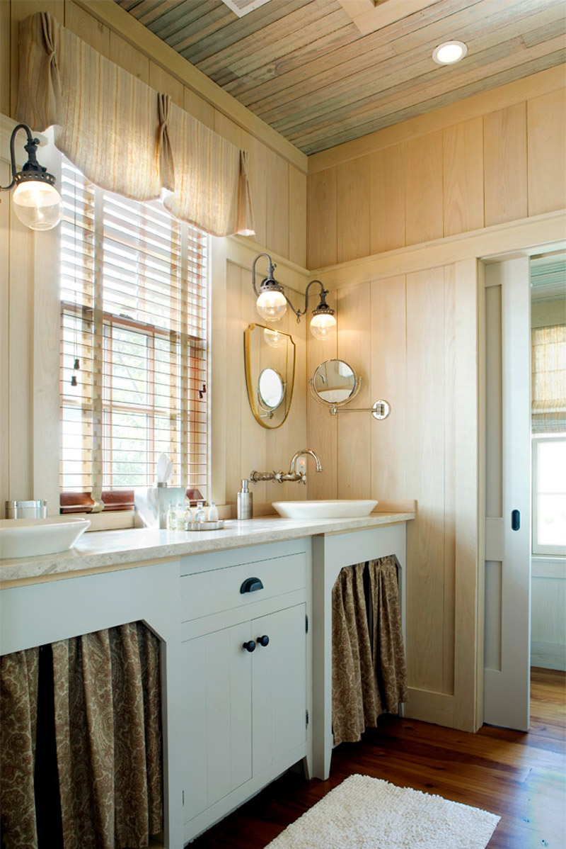 Pendleton house small house swoon for Bathroom salle de bain