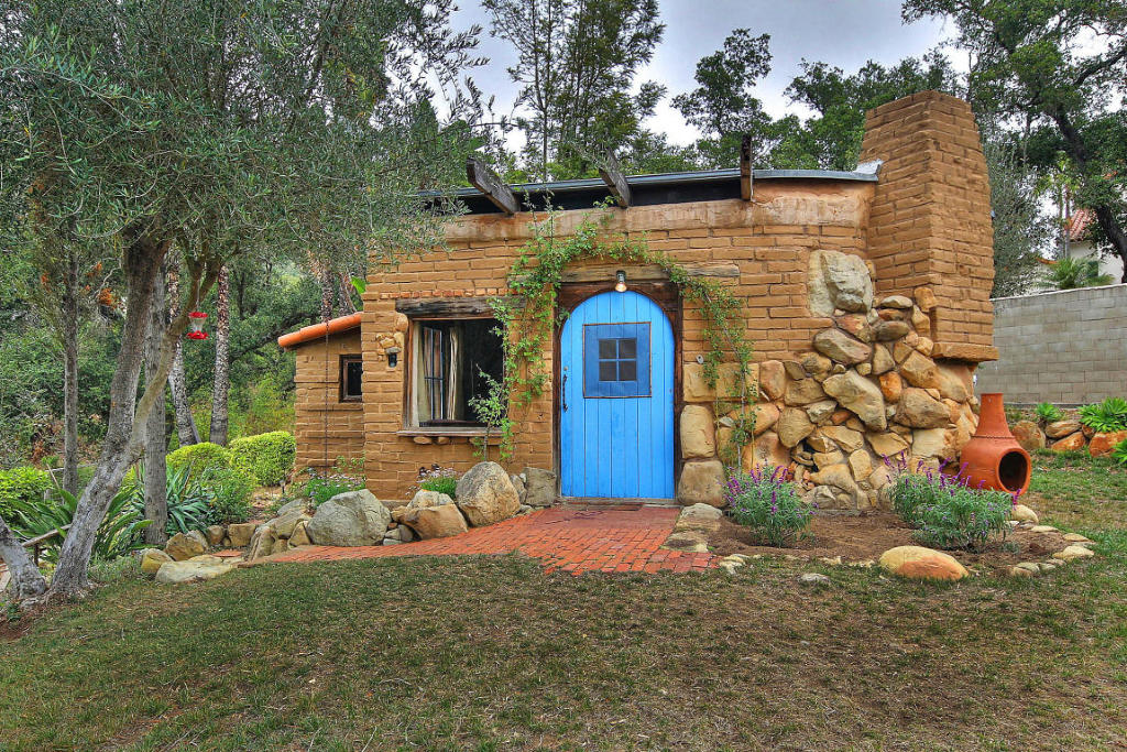 Small Adobe Brick House Small House Swoon