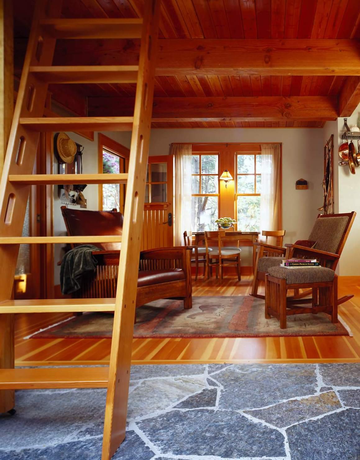 Amongst The Cedars Charming House