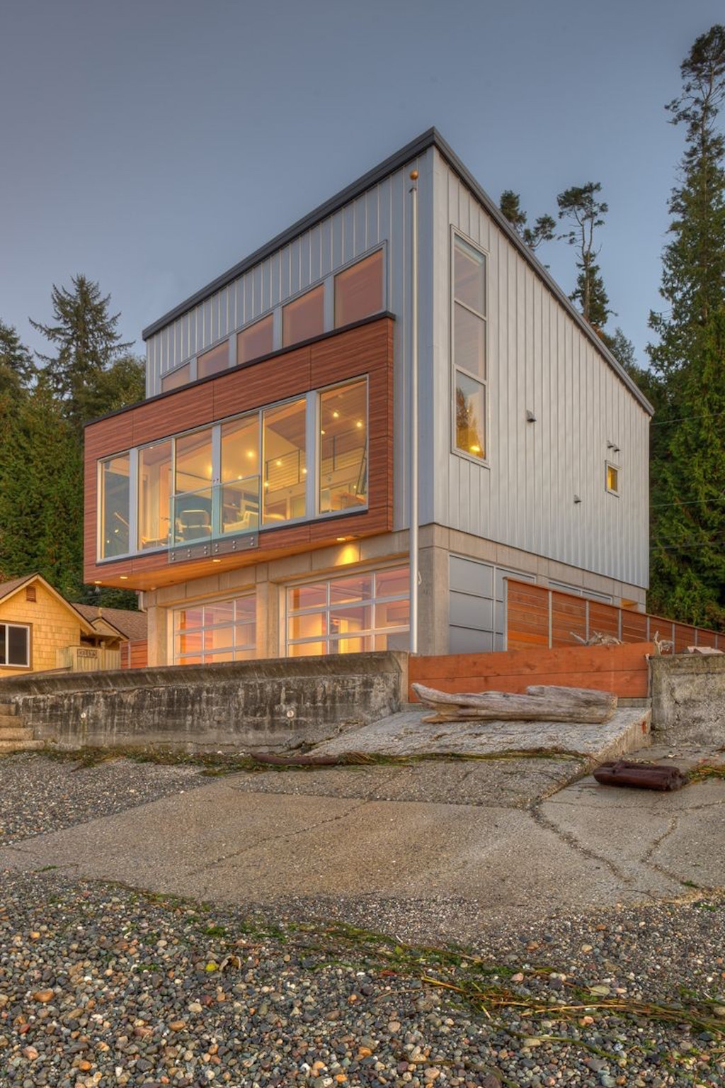 Tsunami house by designs northwest architect - Northwest home designs ...