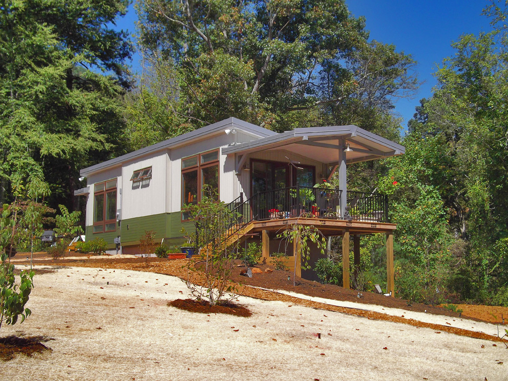 Osprey by eco cottages for Eco cabin designs
