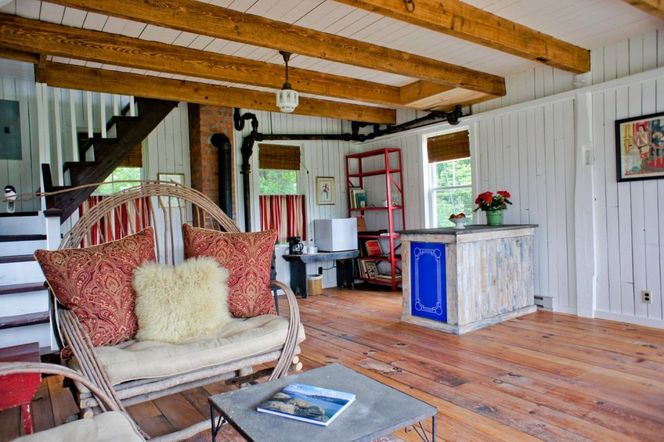 A small barn house in Woodstock | Small House Bliss