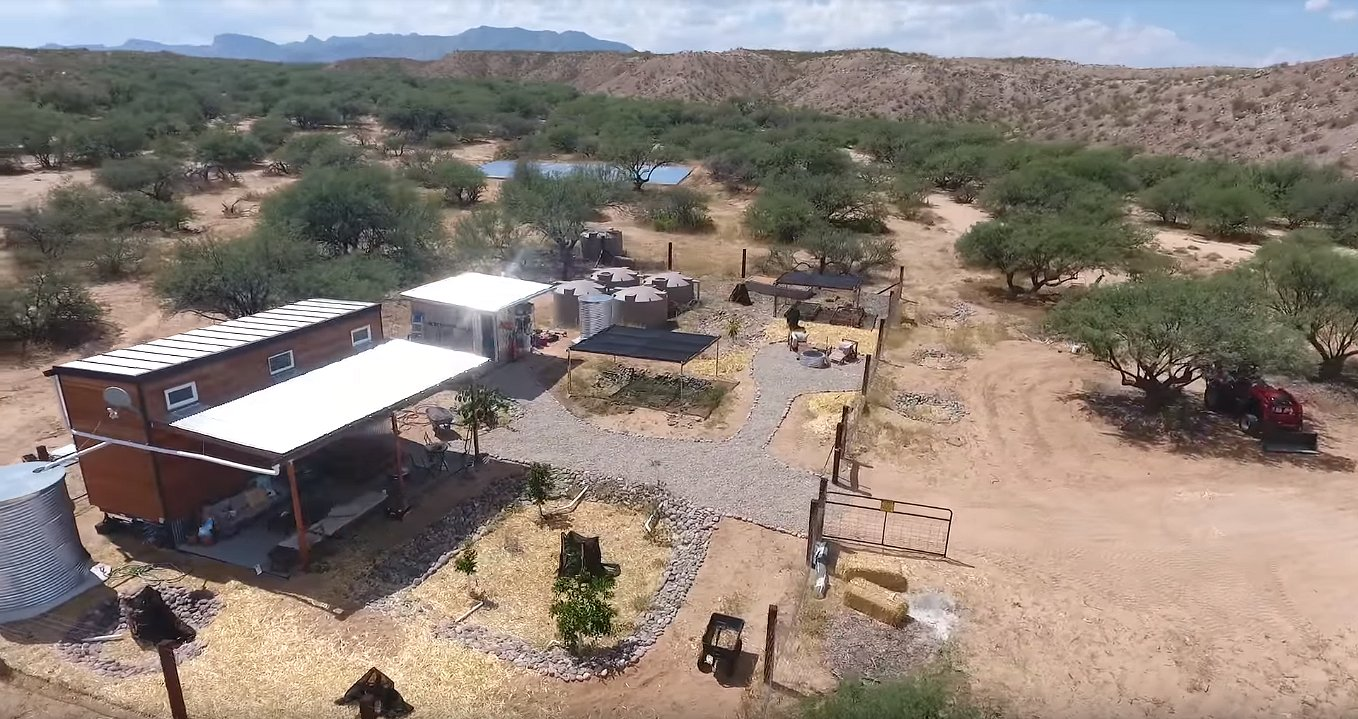 Arizona Tiny Homes, Arizona Homesteading, Arizona Tiny House Plans, Arizona Fruit Garden, Arizona Water Harvesting, Arizona Small Homes